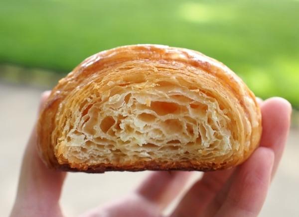 ガトートゥーミュー Croissant 断面