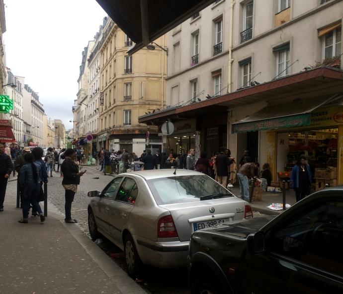 カフェ・ロミ への通り