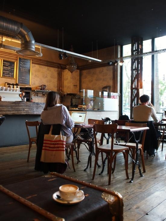 カフェ・ロミ 店内