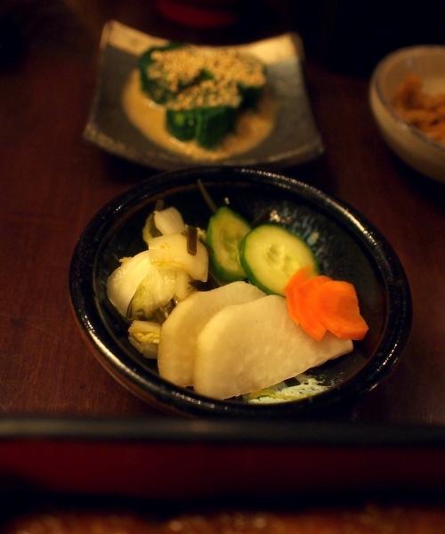 野田岩 パリ 鰻重定食 漬物