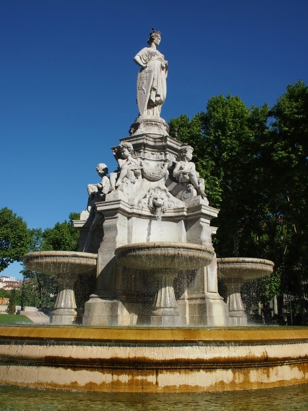 トゥルティエ Place du Maréchal-Lyautey 2