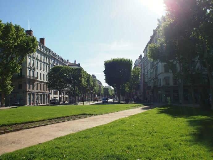 トゥルティエ Place du Maréchal-Lyautey