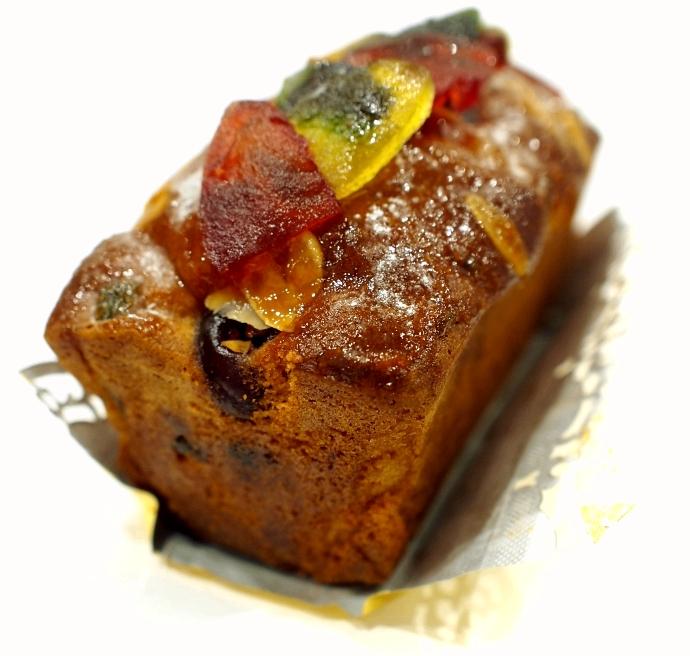 トゥルティエ Cake aux fruits