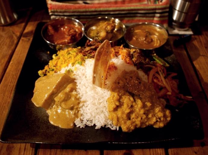 カルパシ スリランカスタイルの定食 全体