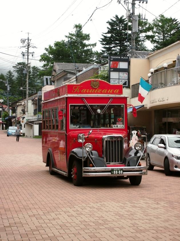 旧軽井沢銀座通り 路線バス