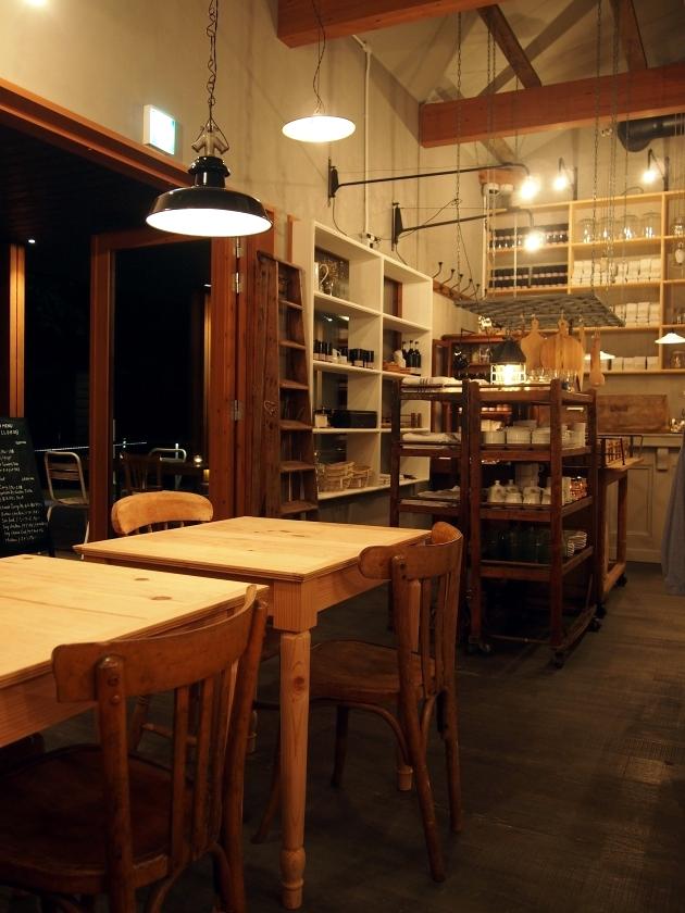 サジロ カフェ 店内1
