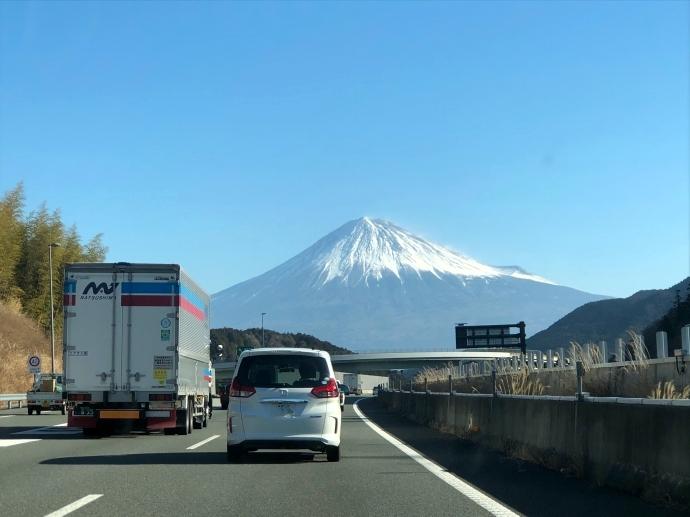 東京へ 富士山
