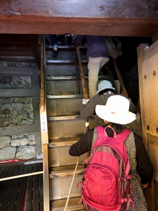 犬山城 最初の階段