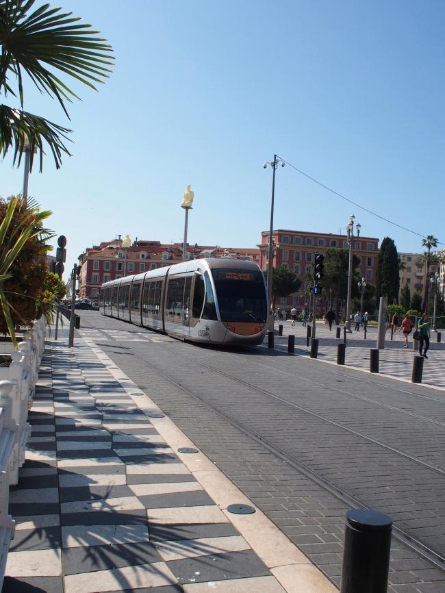 Place Masséna トラム