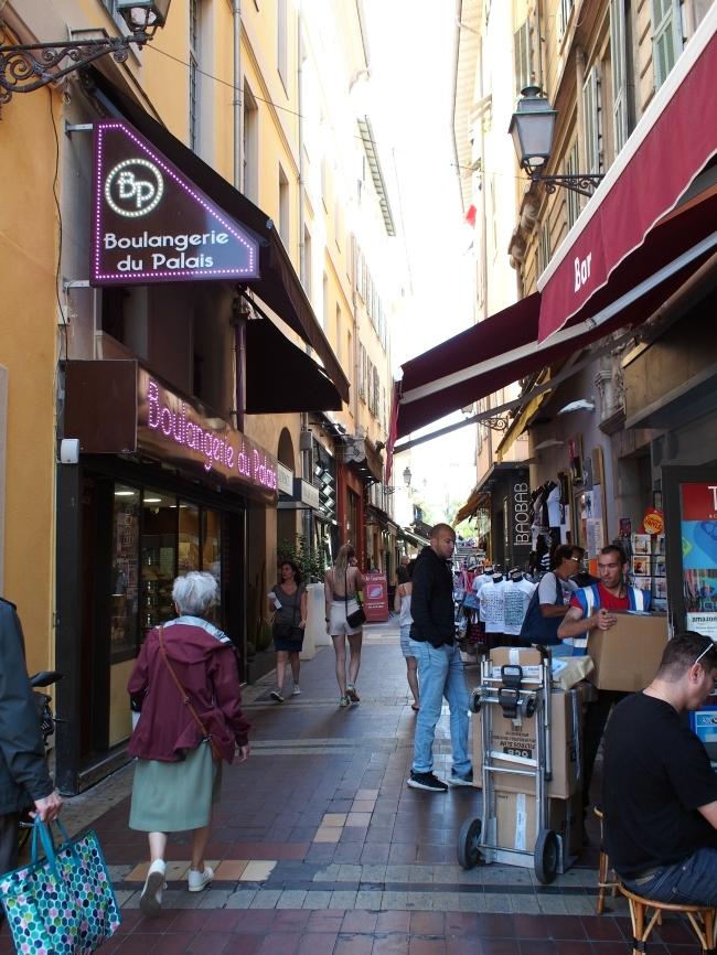 ニースの旧市街 Rue du Marché
