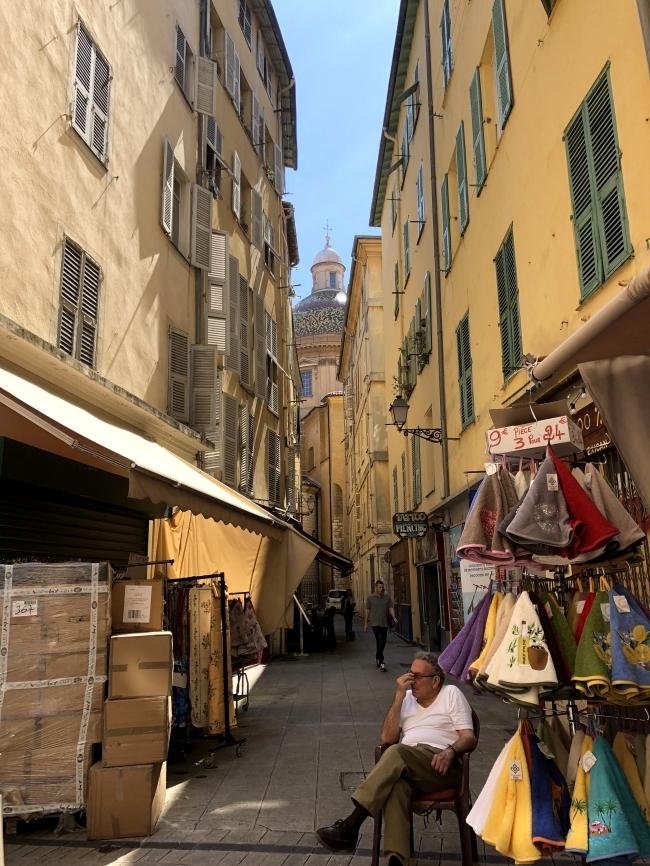 ニースの旧市街 Rue du Pontin