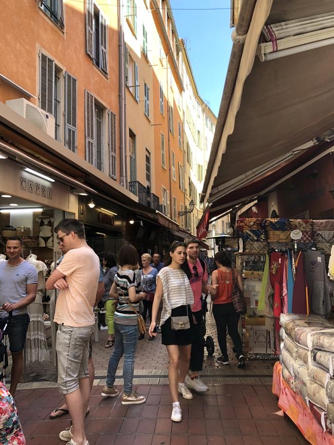 ニースの旧市街 Rue du Marché 3