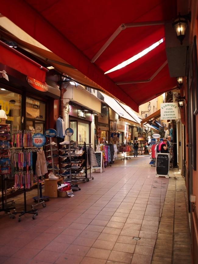 ニースの旧市街 Rue de la Boucherie