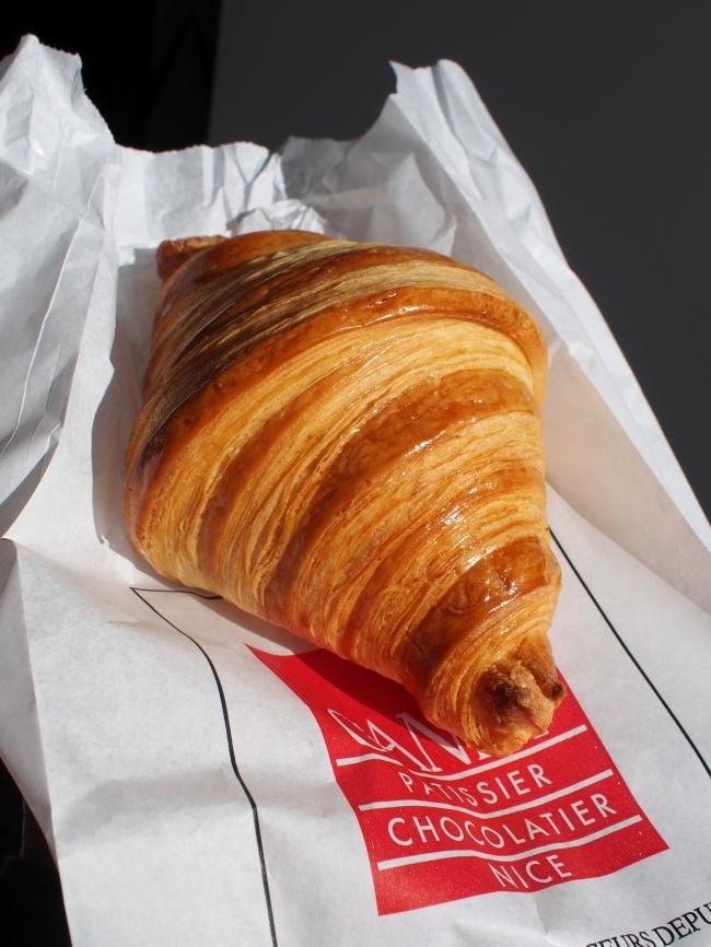 Pâtisserie Canet Croissant