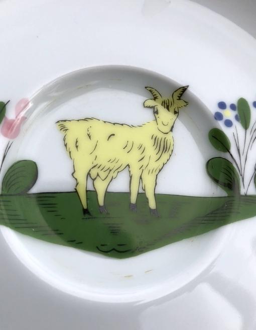 ラ・シェーブル・ドール 皿