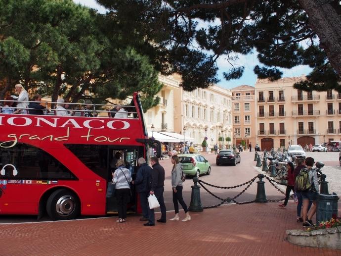 モナコ大公宮殿 広場