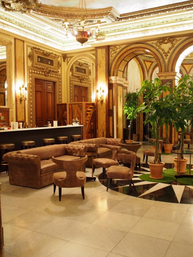 Casino de Monte-Carlo カフェ&バー