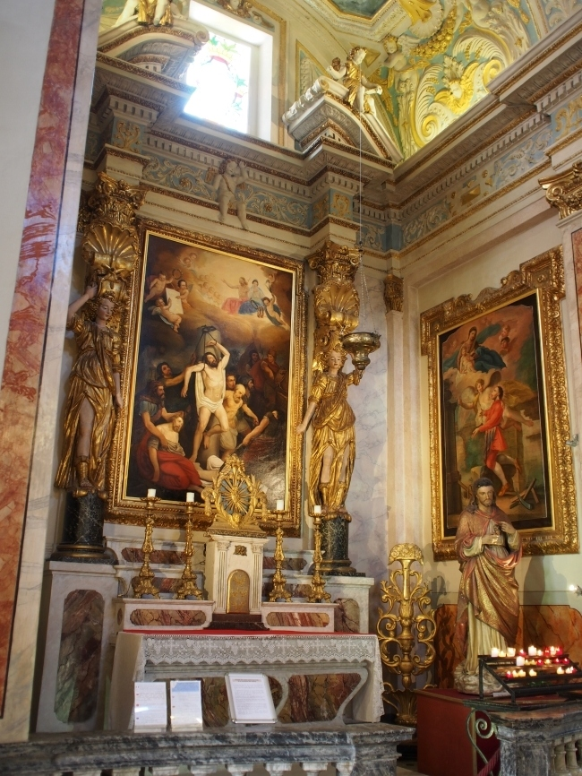 Cathédrale Sainte-Réparate de Nice 大聖堂内2