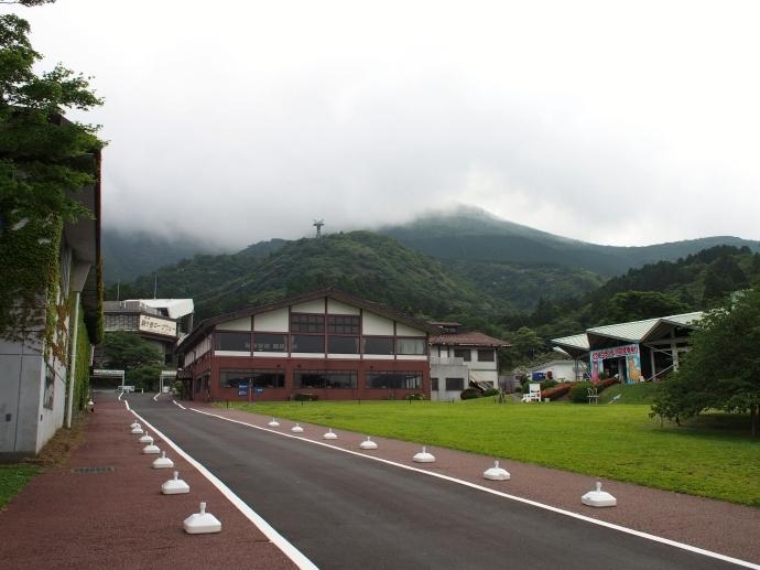 芦ノ湖へ 箱根園