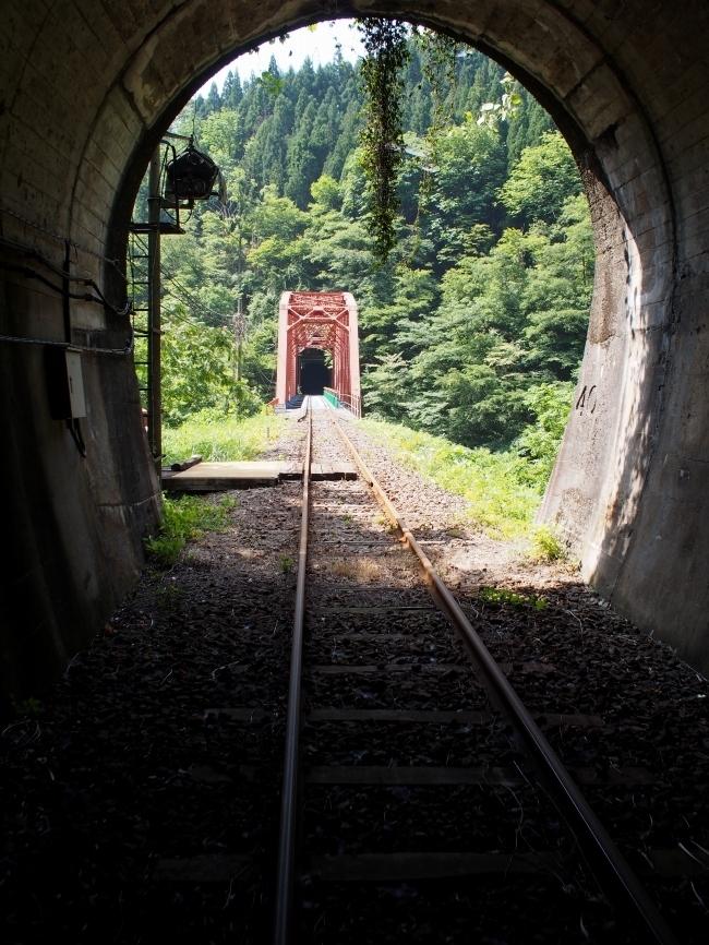 ガッタンゴー 第1漆山トンネル