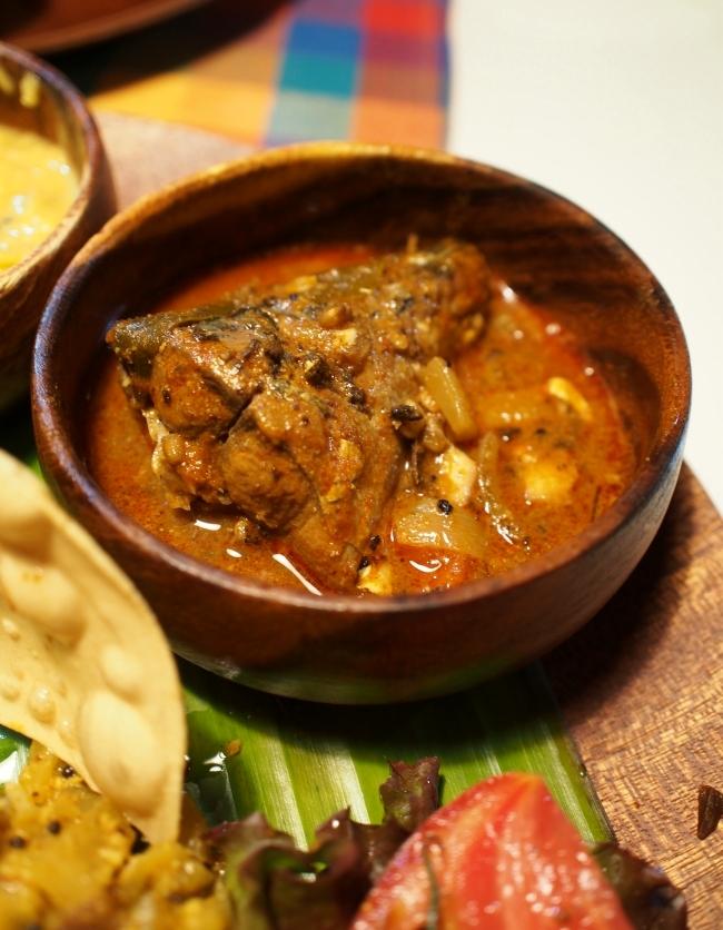 cinnamon garden 魚カレー
