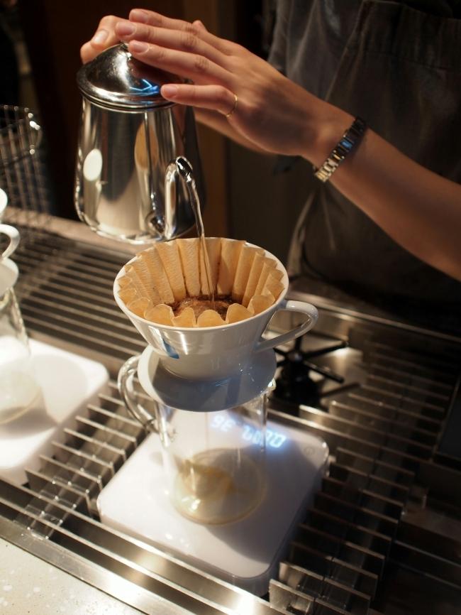 ブルーボトルコーヒー ドリップ中