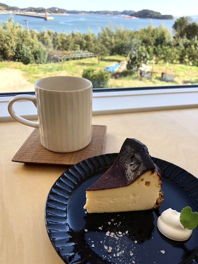 cafeモリトネ お菓子と珈琲と海