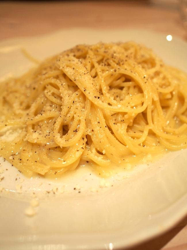 イタリア料理 ラフ カチョエペペ