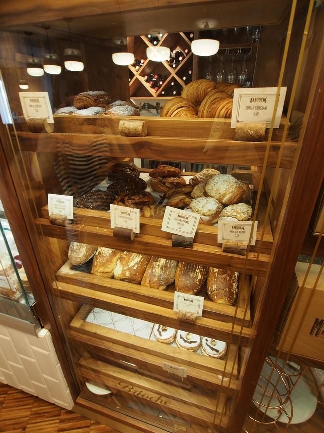 Manouche パンのショーケース