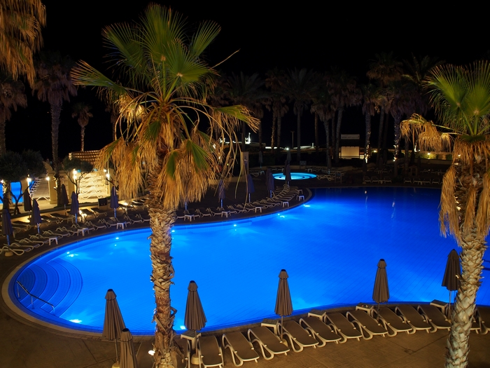 Hilton malta プール