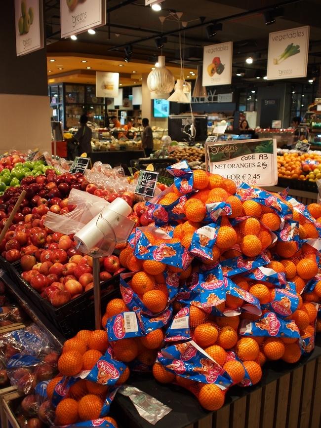 Greens Supermarket フルーツ