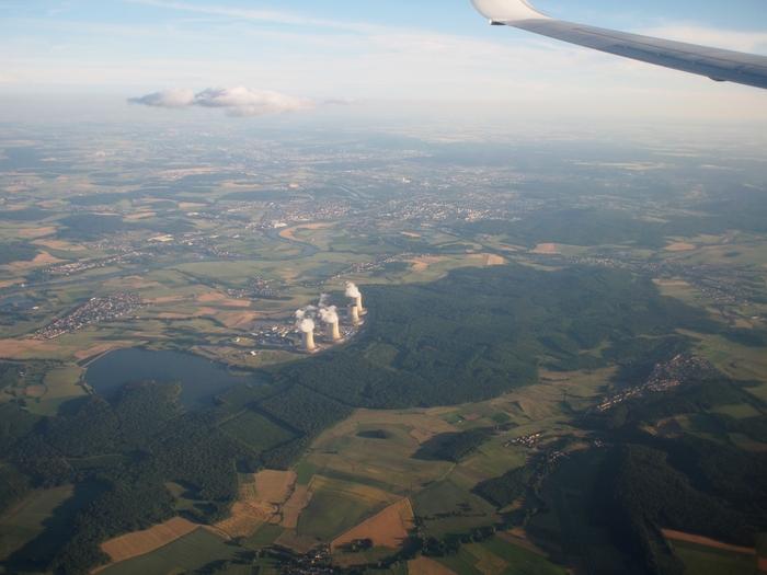 マルタからルクセンブルクへ カットノン原子力発電所