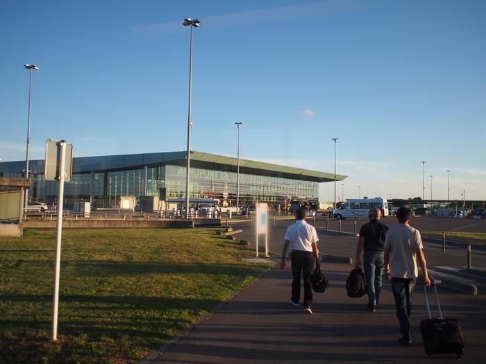 マルタからルクセンブルクへ ルクセンブルク・フィンデル空港