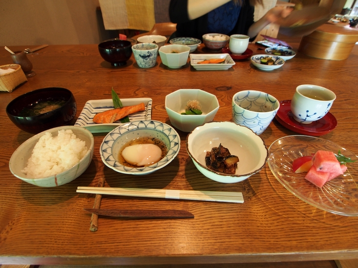 三水館の朝食