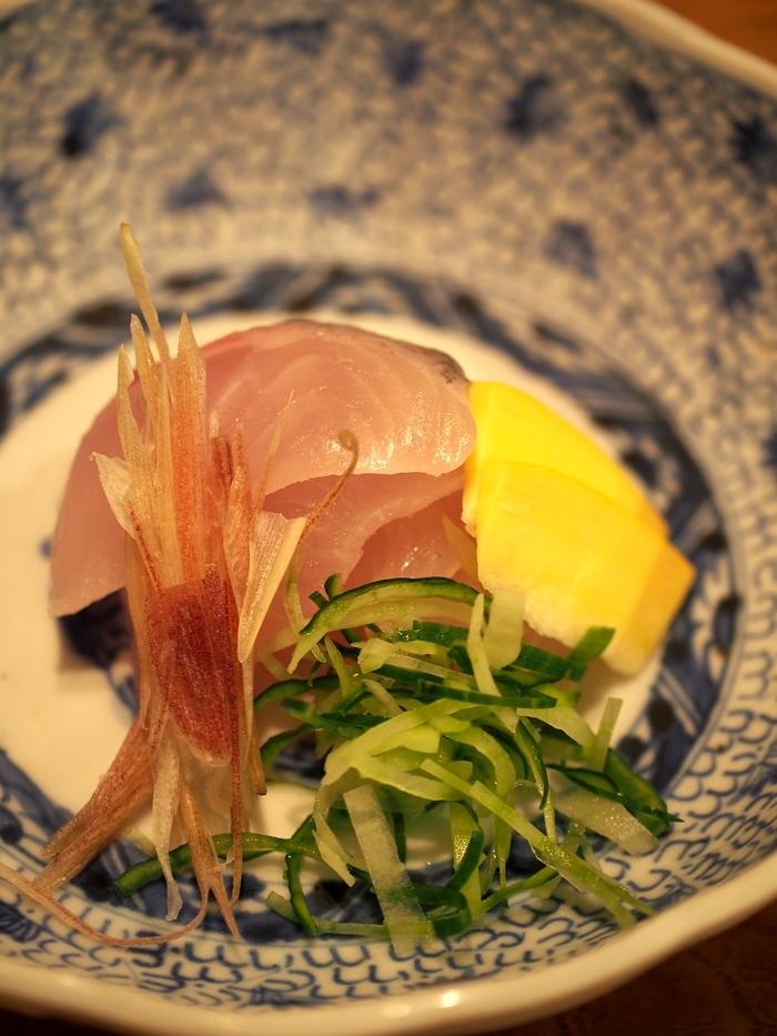 三水館の料理 シナノユキマス(信濃雪鱒)のお刺身 山椒醤油