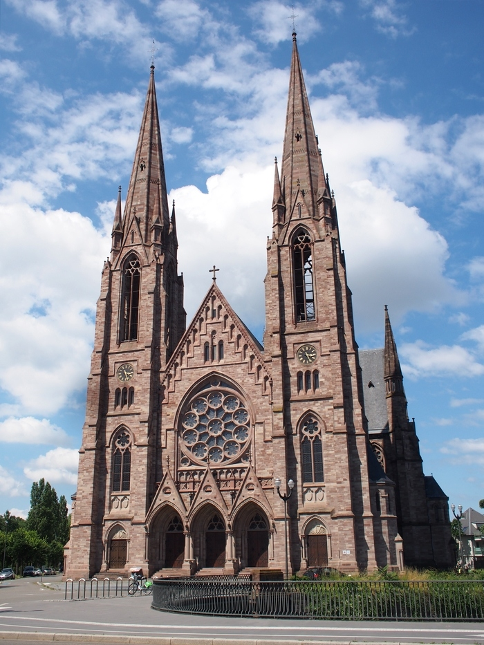 ストラスブールの街歩き「Église Saint-Paul de Strasbourg」