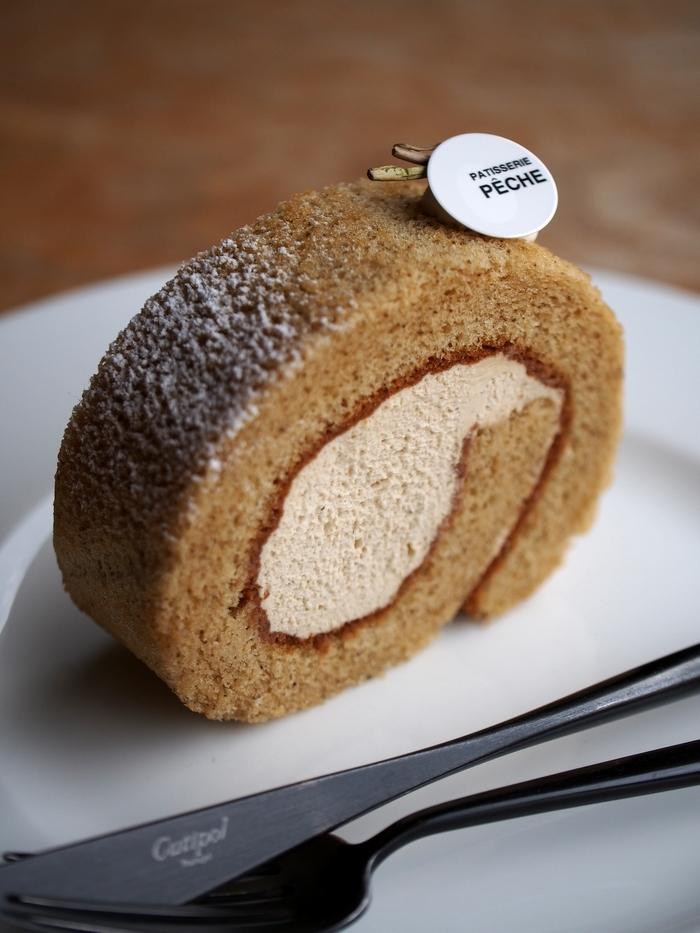 ペーシュ ほうじ茶のロールケーキ