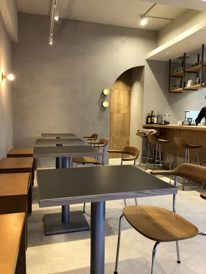 トリハチコーヒー 店内2